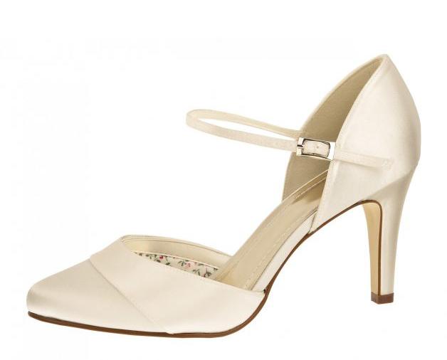 Exklúzív Menyasszonyi Cipő  e5dd8ac7b7